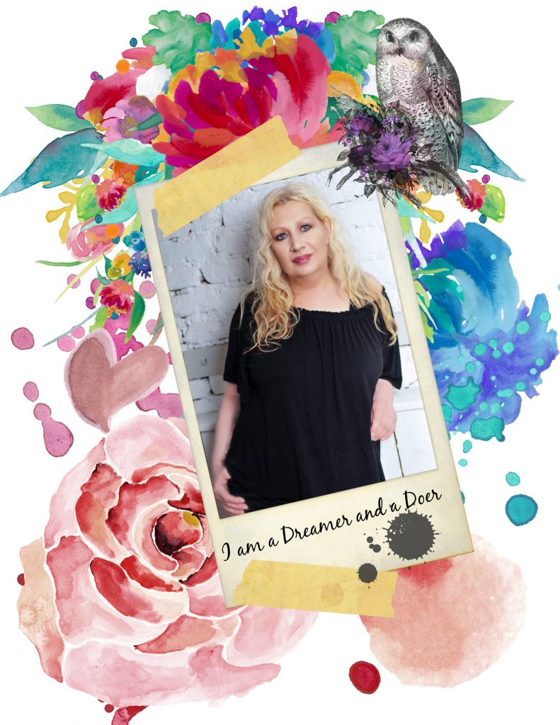I'm Juliette and I am a dreamer and a doer. I am a brand designer specializing in feminine design and my mission is to provide with a branding that truly represents your business, your products, you mission and values.
